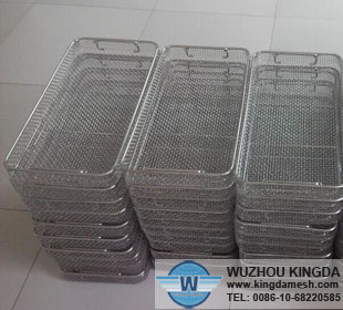 Wire mesh stacking trays