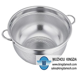 Stainless steel flexible mesh storage colanders and strainers